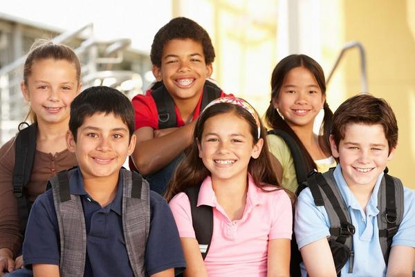 Die deutsche Schule red tekst COLOURBOX13423397